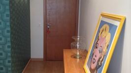 hall de entrada com console/mesa