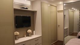 armários e gaveteiro