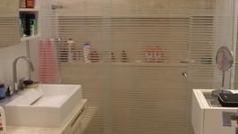box com nicho e banco com ducha