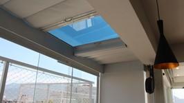 Película climatizada que ajuda a diminuir o calor no ambiente.