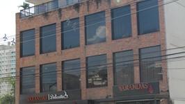 A Padaria Varandas ocupa 2 pisos do edifício de 4 andares