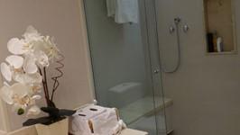 banheiro suíte casal 03