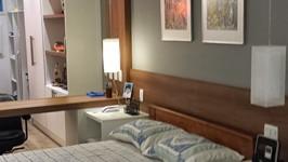cama e armário para área de trabalho